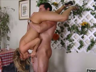 Bree olson - 1 2 3 - muziek video-