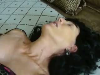 nobriešana, milfs, masturbācija