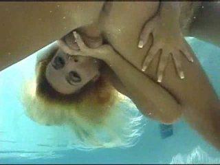 dzimums, karsts, underwater