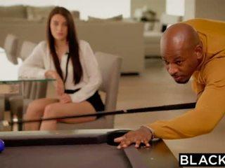 Blacked ইউরোপীয় মেয়ে lana rhoades প্রথম বিশাল কালো বাড়া <span class=duration>- 11 min</span>