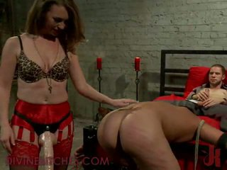 Sleaze masochism 3 beberapa bulat sebuah sensuous wanita simpanan