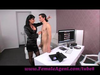 Femaleagent. virgin gets expert guidance alkaen milf