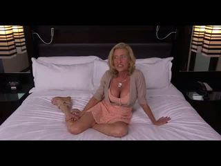 Grannie Getting Fucked, Free Mature Porn Video cd