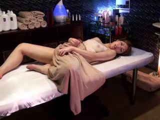 Mosaic: hogeschool meisje reluctant orgasme door masseur