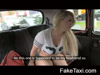 Fake taxi kamera ljudje having drx om fake taxi
