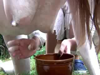 Göwreli fetiş gutaran jelep is tit milked