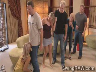 Michael e kimberly juntar troca de casais couples em um selvagem festa