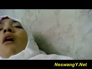 Egyption nurse fucked by doctor in hos...