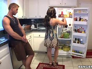 हॉर्नी मोम फक्किंग उसकी son's दोस्त कठिन वीडियो