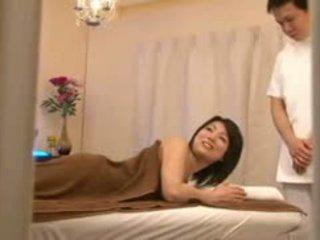 Bridal salon masahe spycam