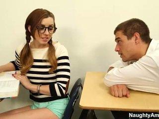 studentas, mergina, liesas