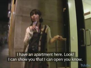 Japonesa turista persuaded a tener sexo