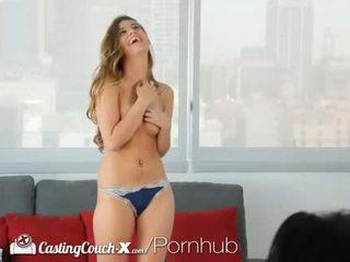брюнетка, млад, oral sex