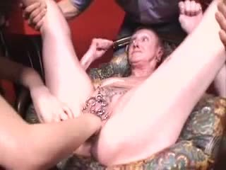 grannies, fingering, hd porn
