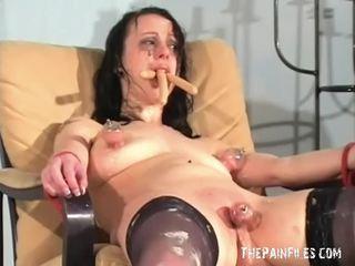 Dīvainas female pazemošana un netīrs degradation