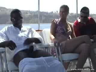 Aaralyn barra - inter-racial rabos a foder patrol 2 cena 1