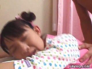 Unge orientalsk tenåring bumped hardt uncensored vid
