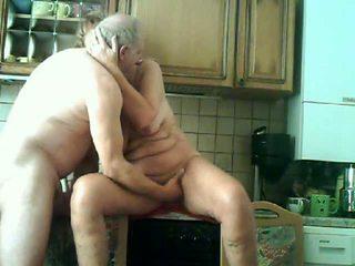 Horny mature granny kichen sex Video