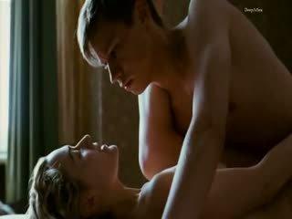 Kate winslet सेक्स दृश्य से the reader