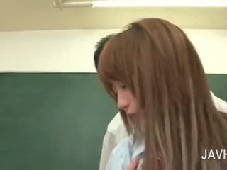 Japans hardcore school- seks met tiener roodharige pop
