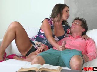 Mamme bang giovanissima - matrigna offers studdy pausa - porno video 721
