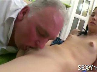 Hardcore drilling van leraar