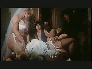 娘娘腔 女佣 如 婚礼 gift, 自由 高 脚跟 色情 视频 cf