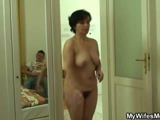 Son-in-law drills її старий волохата кицька