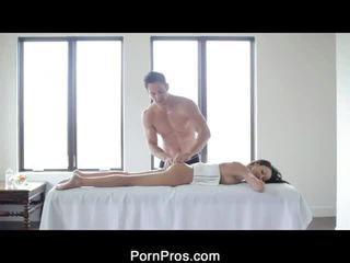 Sexy breanne oily massagem