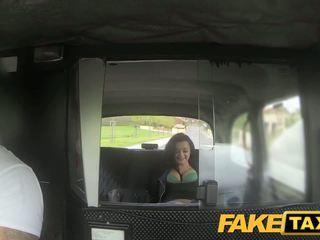 Fake taxi prague beauty squirting apie kamera