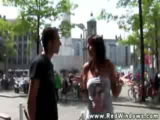 Echt toerist in amsterdam looks voor slet in hoog def