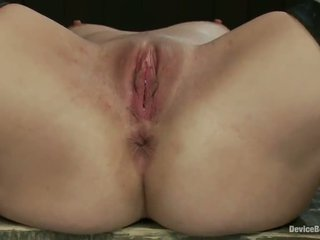 Making Smut Blonde Tati Russo Peak Clo...