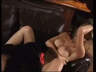 AJ Khan - Kinkiy Kong
