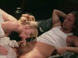 Četri weddings un a honeymoon 1995 - sc 5: bezmaksas porno c7
