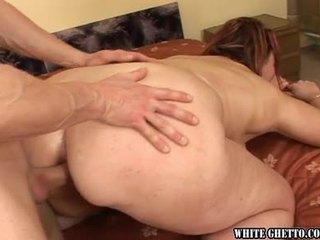 briunetė, skaitliukai, analinis seksas