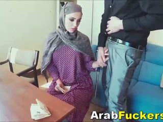 sesso per denaro, arabo, muslim