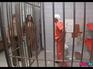 Viņa pēdējais gabals no vāvere uz cietums, bezmaksas porno 2d