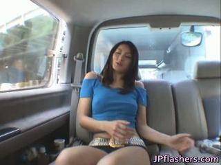 Risa murakami is een heerlijk aziatisch babe die