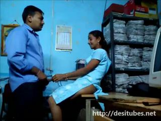 Desi sekretarya fucked secretly