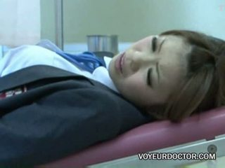 Voyeurcam khai thác tại gynecologist 02