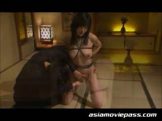 Japán megkötözés szolga lány szex. ami sakurai, emi haruk