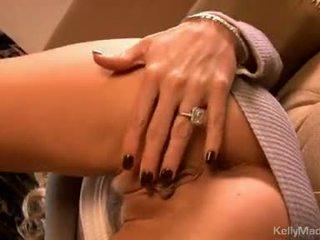 Kelly madison ของเล่น เธอ moist เซ็กซี่ บน the โซฟา