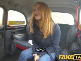 Fake taxi čehi beauty ar jauks noskūtas ciešas vāvere