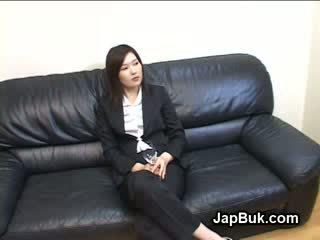 Japans vrouwelijke dominantie bukkake party met tied guys