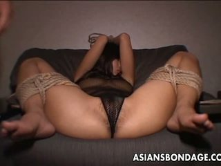 She Loves to be Pussy Handled by the Fella: Free Porn 50