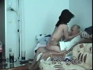 Immature indiano nymph non lontano da anziano bf