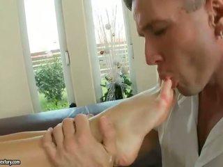 neu brünette, fuß-fetisch schön, heißesten pornostar beobachten