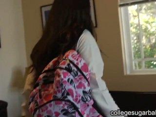 brunetka, coed, college girl