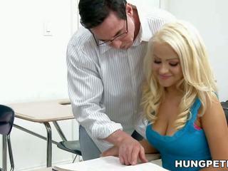 grote borsten, gezichtsbehandelingen, hd porn