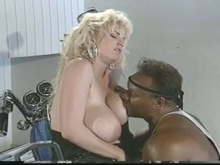 big boobs, vīnogu raža, interracial